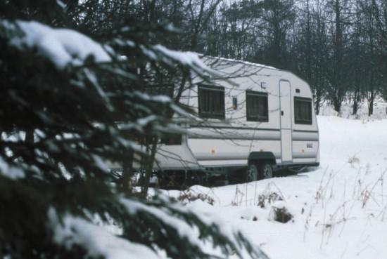 Onze ouwe, trouwe caravan op zijn plekje in de Ardennen.