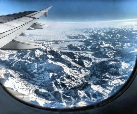 Zo vond ik vliegen wel wat minder erg: bij helder weer over de Alpen. Prachtig!