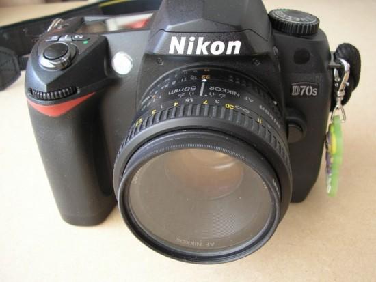 Mijn oude, trouwe Nikon staat te verstoffen in de kast. Toch is fotograferen een van mijn passies.