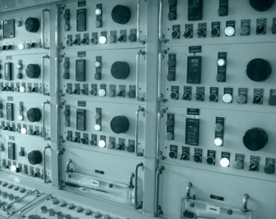 Ondernemingen beschermen hun strategische informatie op het gebied van productieprocessen niet voldoende. Sabotage en afpersing is dan voor cybercriminelen een stuk eenvoudiger.