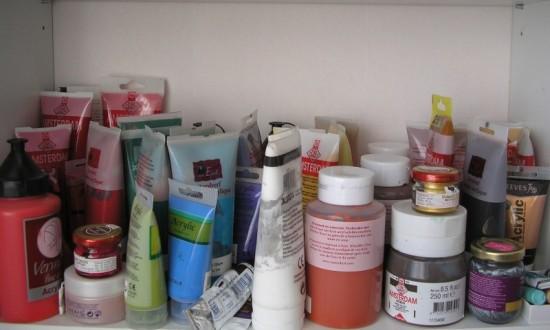 Mijn verf blijft vaak onaangeroerd in de kast staan, terwijl ik zo dol ben op schilderen.