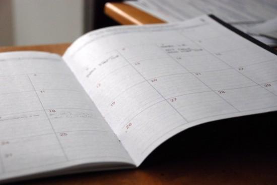 Goed plannen is heel belangrijk bij tijdmanagement. Desnoods doe je dat met behulp van zo'n 'ouderwetse' agenda zoals op deze foto staat..