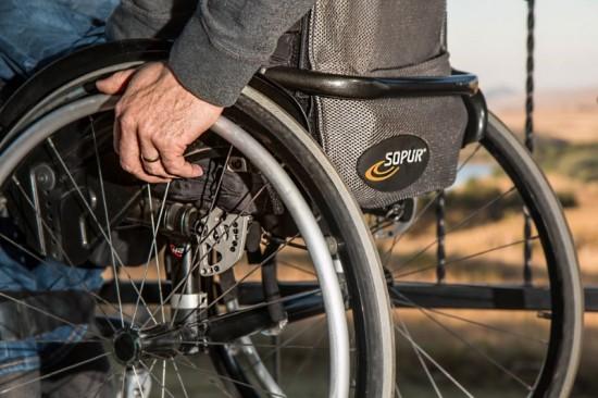 Deze man in zijn rolstoel komt alleen in aanmerking voor euthanasie als hij ondraaglijk en uitzichtloos lijdt.