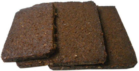 Renske Cramer Creatief: een foto van sneetjes gezond roggebrood bij een artikel over de voedselzandloper en goede voeding