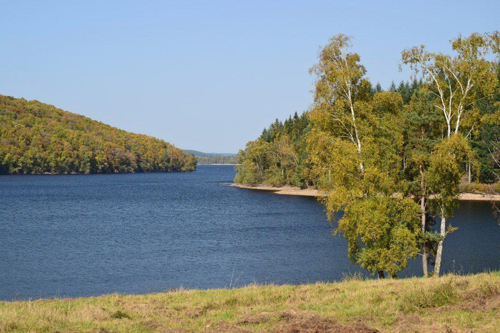 Renske Cramer Creatief foto van een meer in de Limousin (Frankrijk)