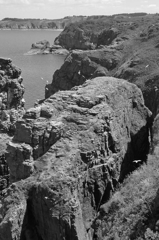 Renske Cramer Creatief zwart-wit foto's foto van de rotskust van Bretagne